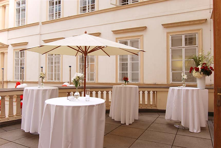 Balcony Cocktail Palais Niederoesterreich